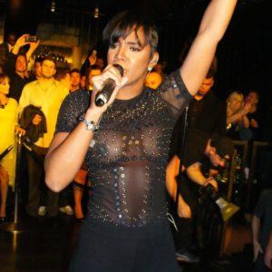Kelly Rowland nice tits