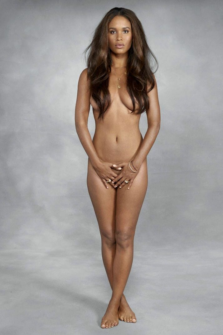 joy bryant hot pics