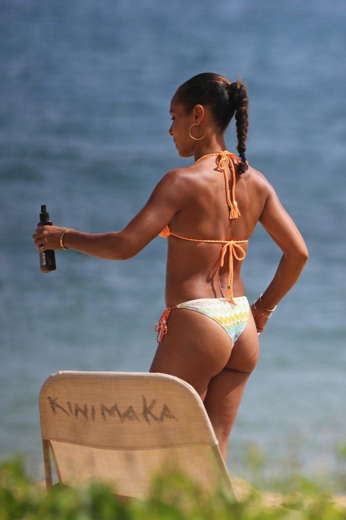Jada Pinkett-Smith booty