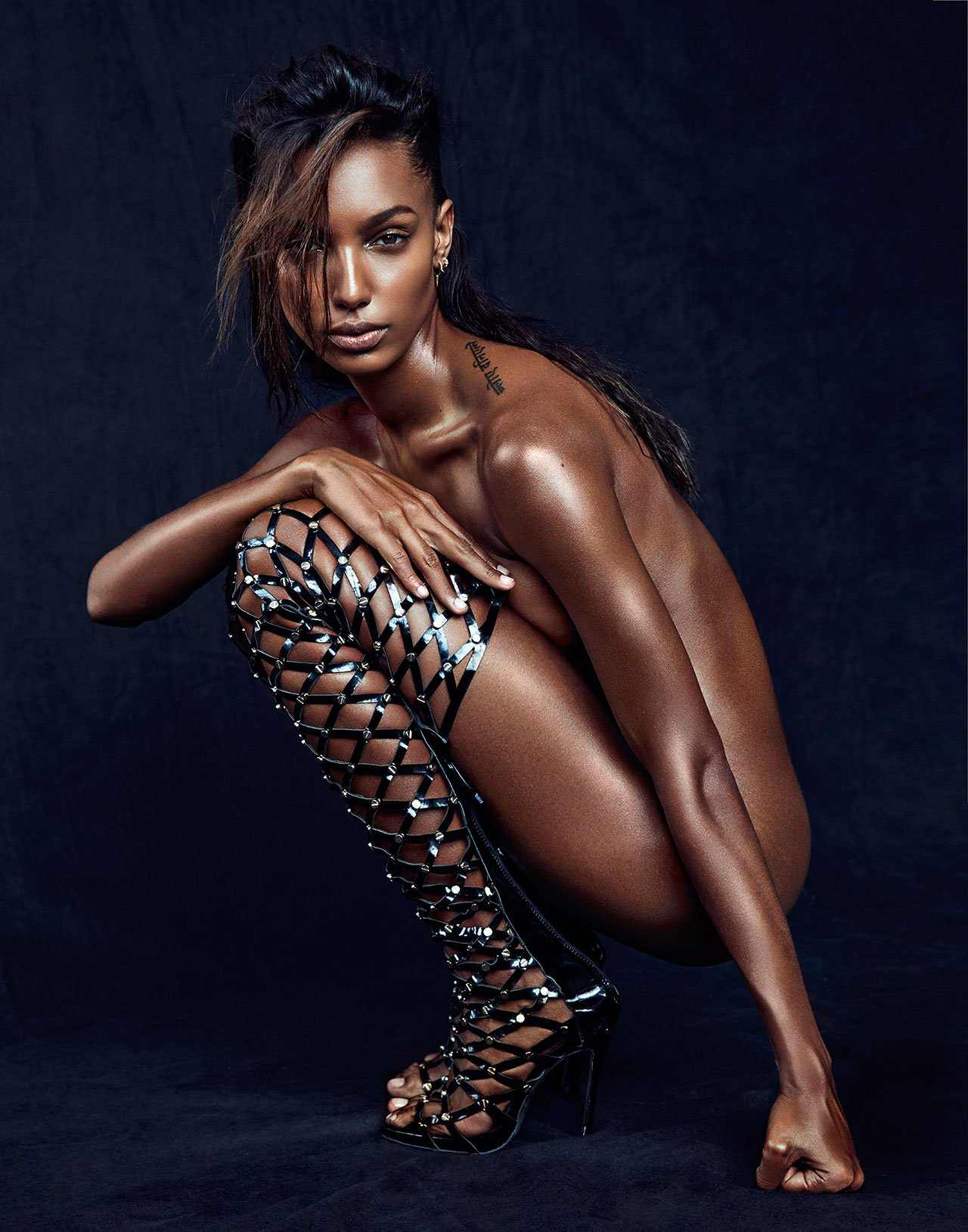 Jasmine Tookes hot boobs