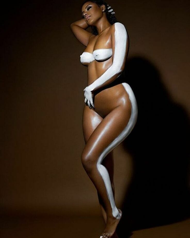 Raven Tracy sexy nude picture